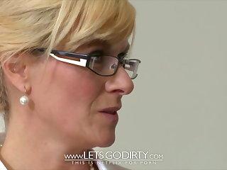 Close-ups LETSGODIRTY - MILF FUCK