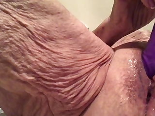 Xmas Cum Slut Masturbating