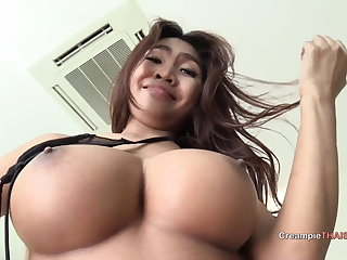 Thai Big busty Asian babe who likes to fuck raw
