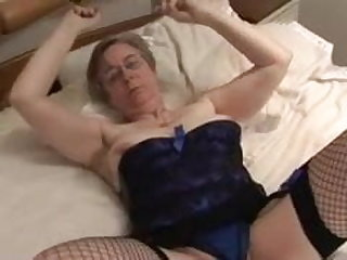 Vibrator British granny Kim loves to fuck not only in the ass.