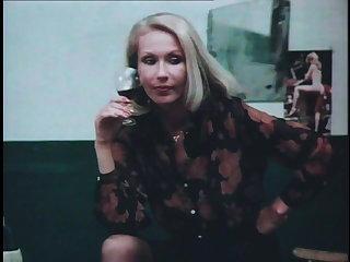 Maid Ekstasen Madchen und Millionen 1979 (Restored)