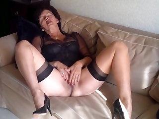 Pantyhose Granny masturbates after church