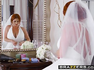 Handjobs Brazzers - Brazzers Exxtra - Dirty Bride scene starring Lenn